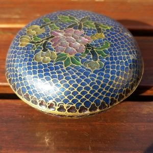 Other - Chinese Trinket Box Round Transparency Enamel